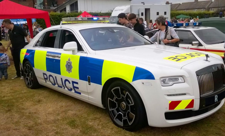 Rolls-Royce creates a one-off Ghost Black Badge police car