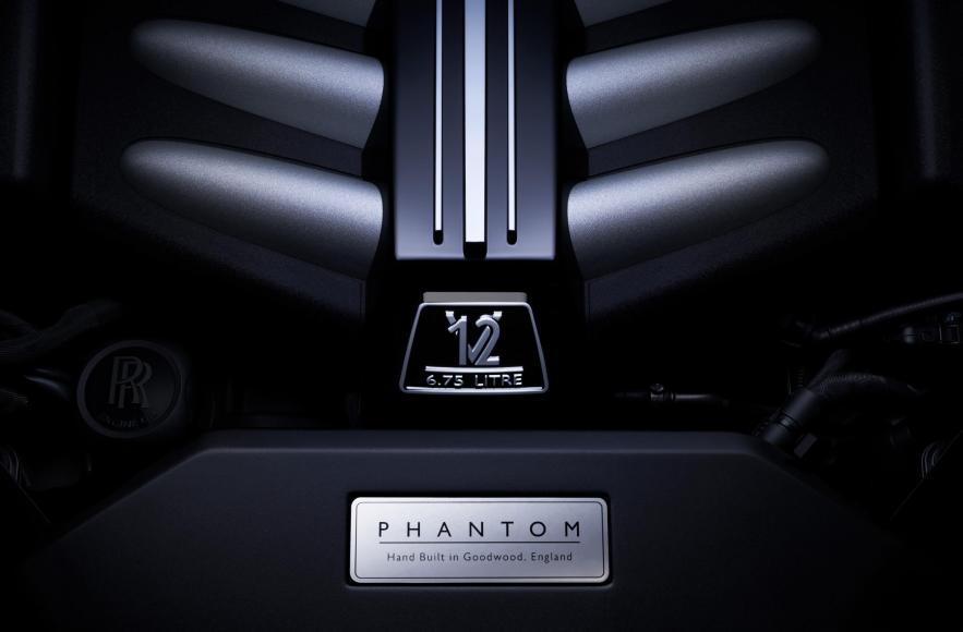 Rolls-Royce Phantom VIII (5)