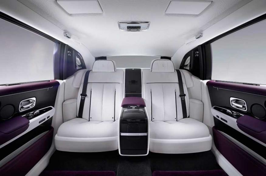 Rolls-Royce Phantom VIII (7)