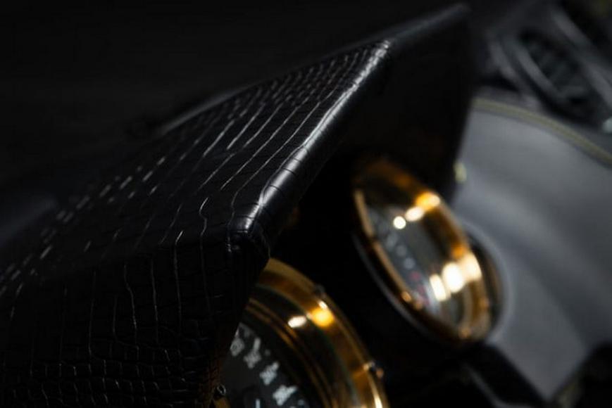 dartz-black-alligator-6-640x427-c