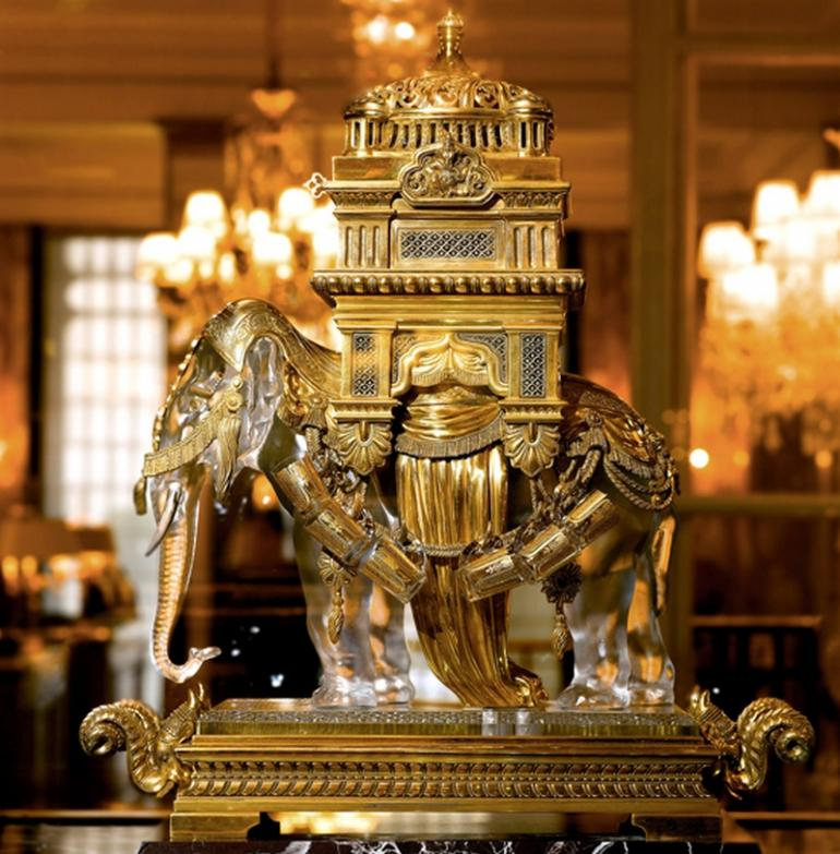 Inside Paris S Plush And Newly Refurbished H 244 Tel De Crillon