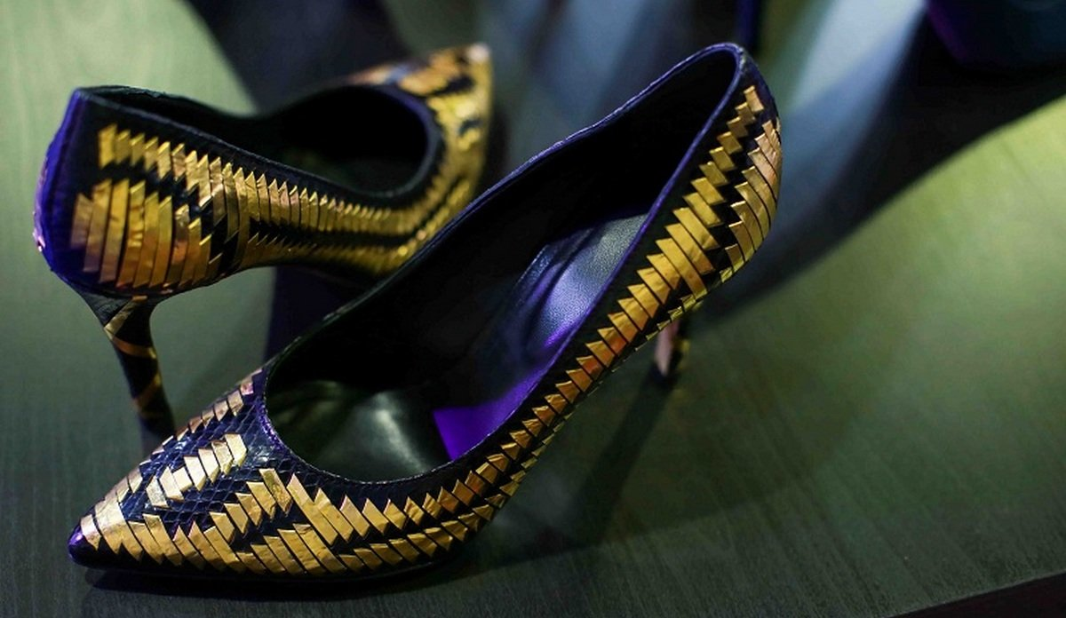 Only in Dubai - A $33,000 pair of gold dipped pumps : Luxurylaunches