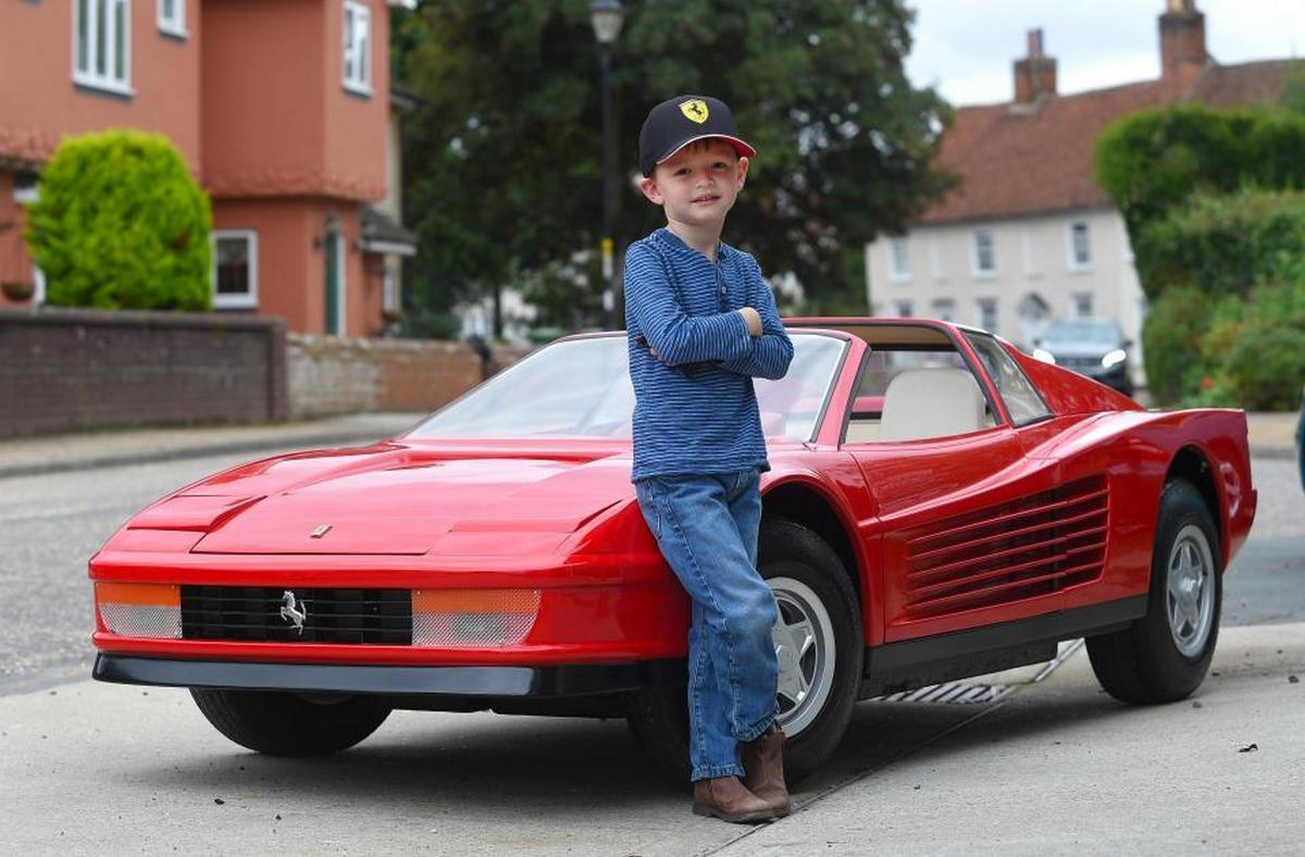 This $97,000 mini Ferrari 512 Testarossa is the most expensive toy that money can buy