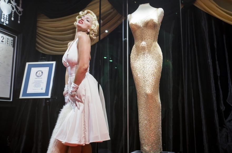 most expensive dress in the world (1)