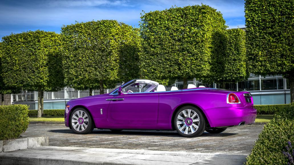 Concours D Elegance >> A Rolls-Royce Dawn in pink that is perfect for a princess ...