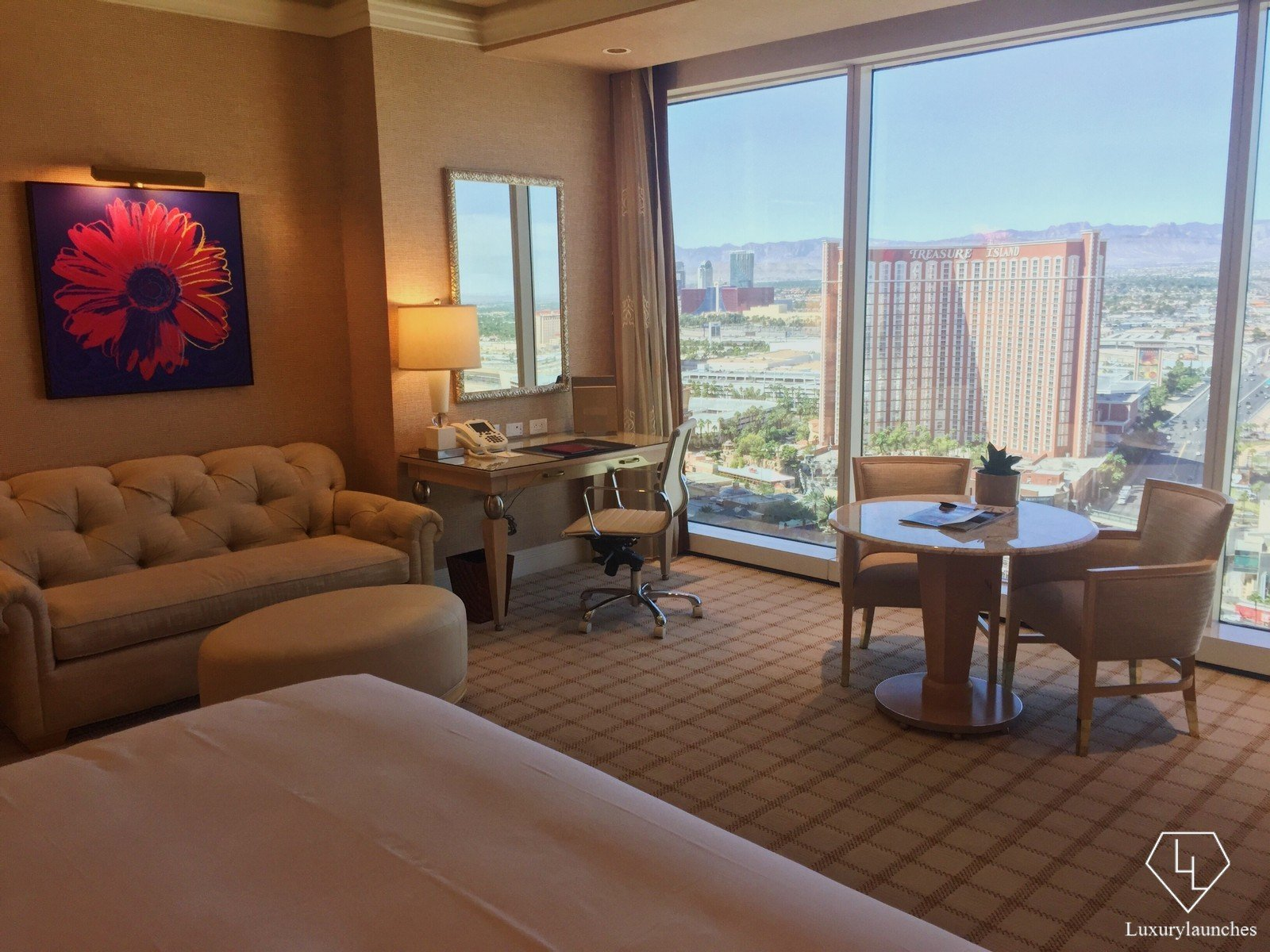 Review wynn las vegas for Wynn hotel decor