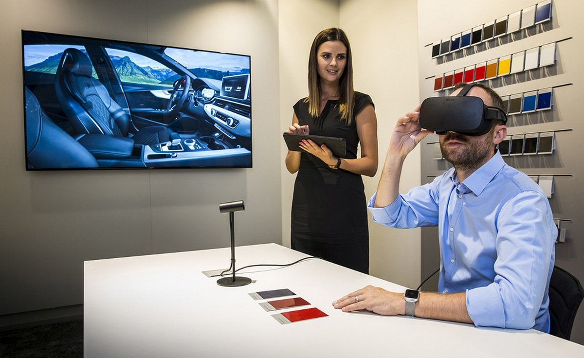 Forget brochures – Audi customers can use Virtual Reality to design their dream car