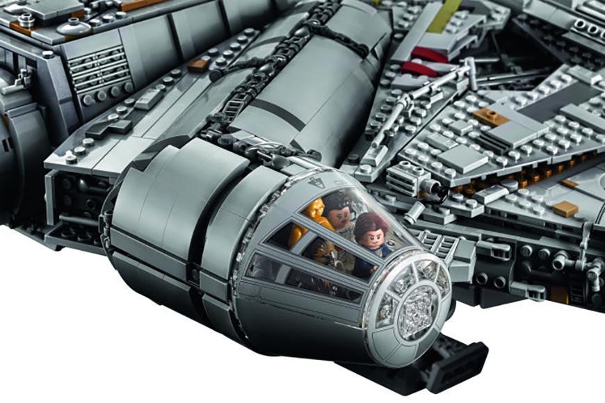 millennium-falcon-lego-set-06
