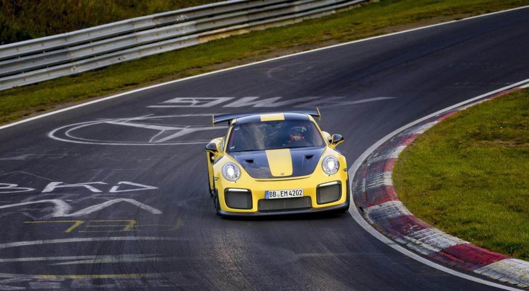 porsche 911 GT2 RS (6)