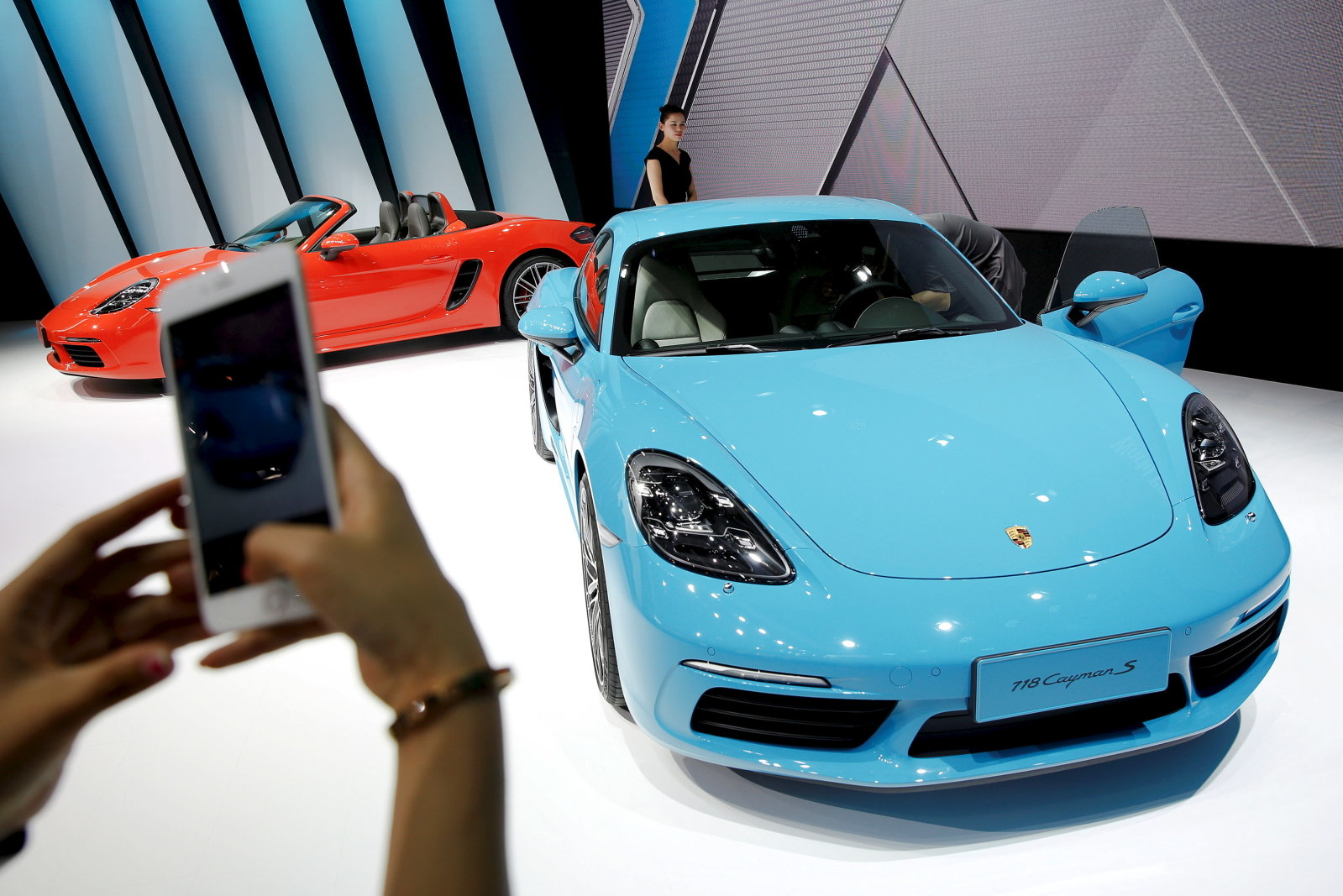 Porsche's $2,000 Passport subscription service is the Netflix of sports cars