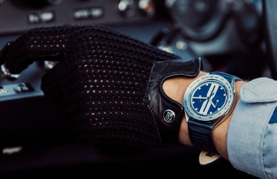 Autodromo X Ford GT watch (1)