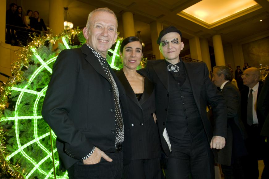 Jean Paul Gaultier Can-Can-Themed Christmas Tree (1)