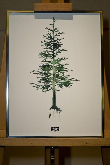A painting of a Christmas tree by Olivier Theyskens.