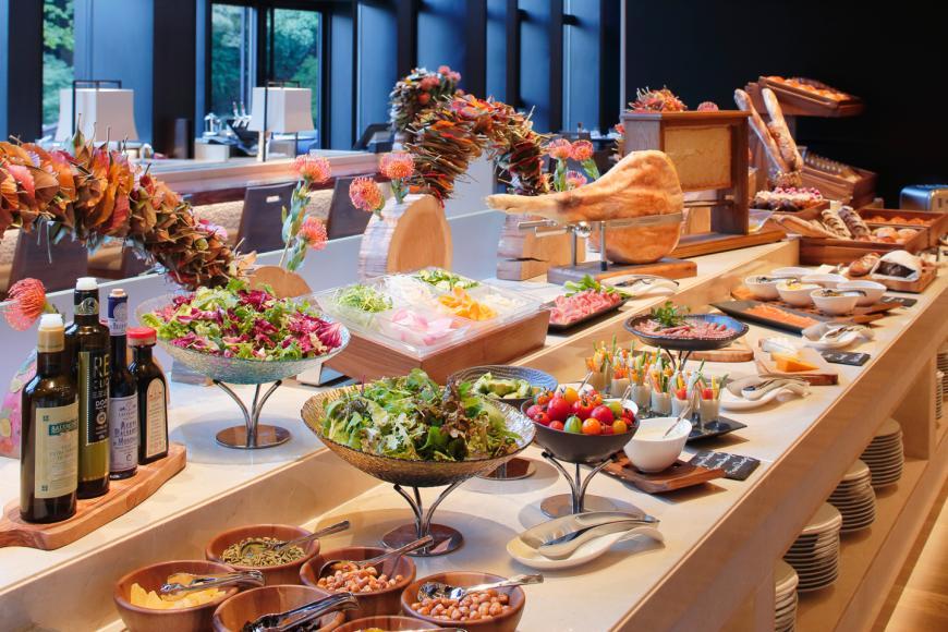 Brasserie Buffet Breakfast