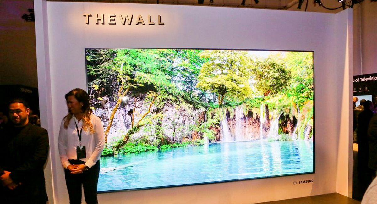 Ces 2018 Samsung Reveals Massive 146 Inch Modular 4k Tv