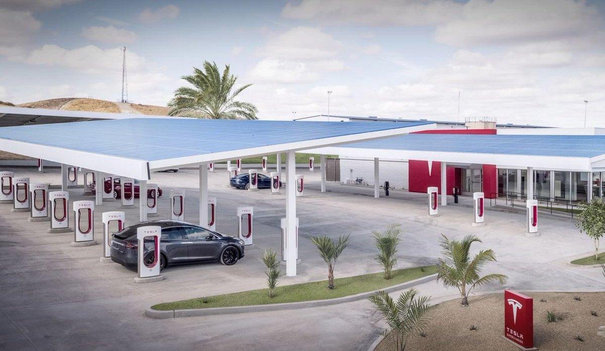 Elon Musk to open a drive-in restaurant in LA : Luxurylaunches