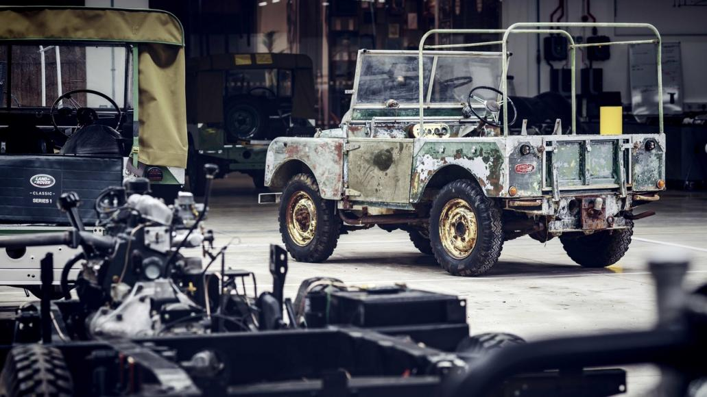 first Land Rover (2)