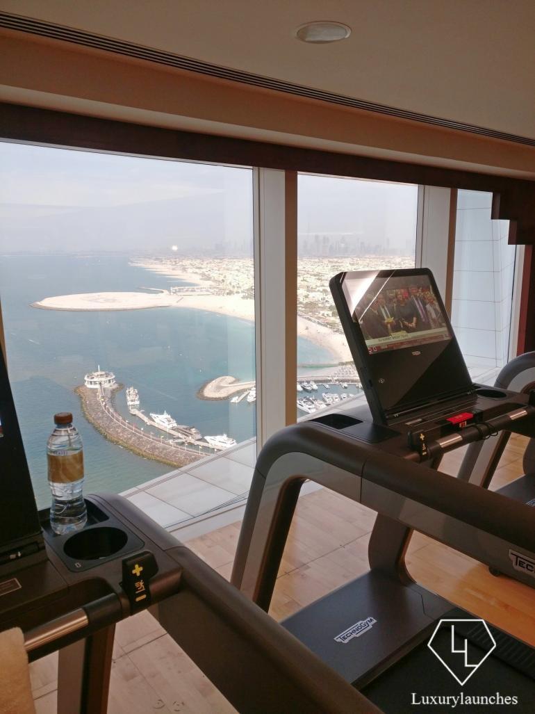 Burj Al Arab - Trải nghiệm sự sang trọng tuyệt vời nhất tại khách sạn xa xỉ 7 sao của Dubai - Ảnh 6.