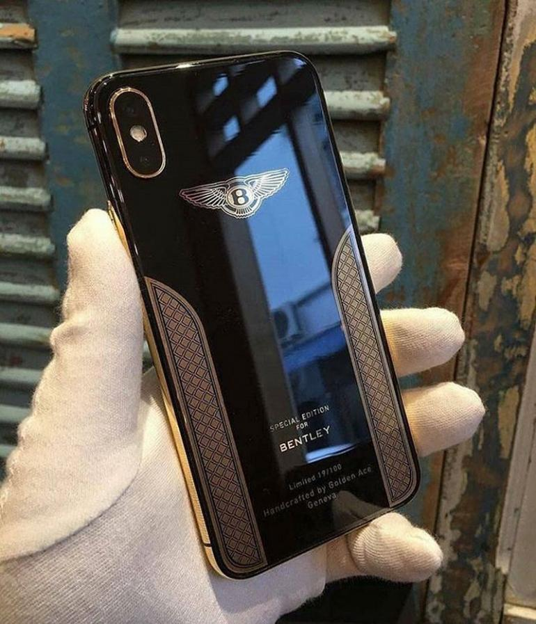 the best attitude 30d54 a6f72 This mystery iPhone X Bentley Edition exudes restrained elegance and ...