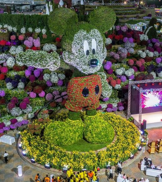 Mickey Mouse floral structure dubai (1)