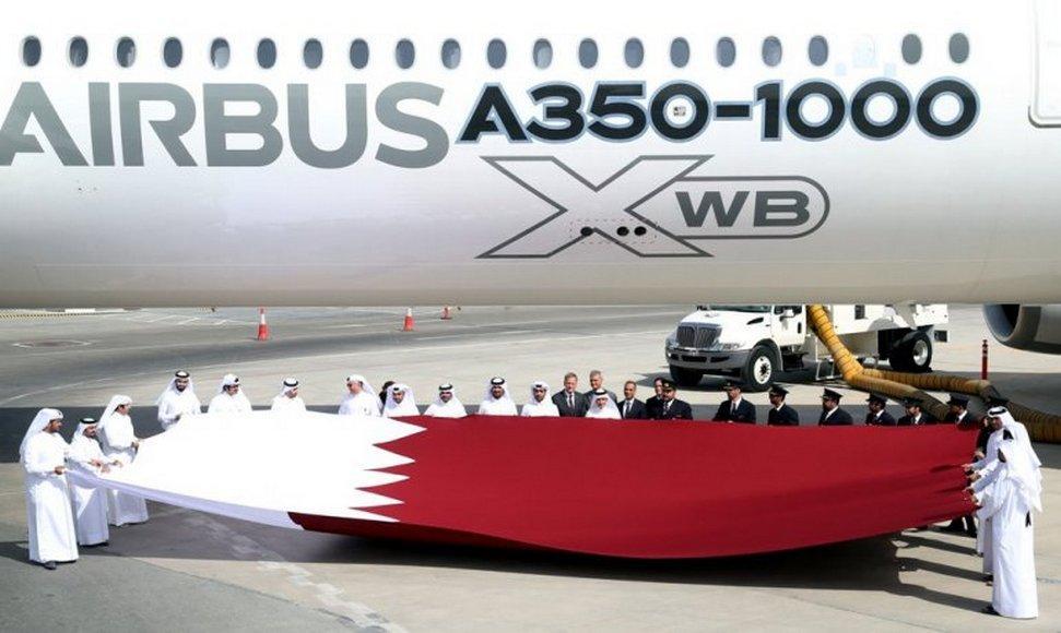Qatar-Airways-A350-1000-jet-1