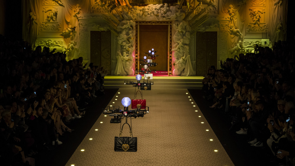 Innovative or gimmicky? Dolce and Gabbana sent out drones on their Milan Runway : Luxurylaunches