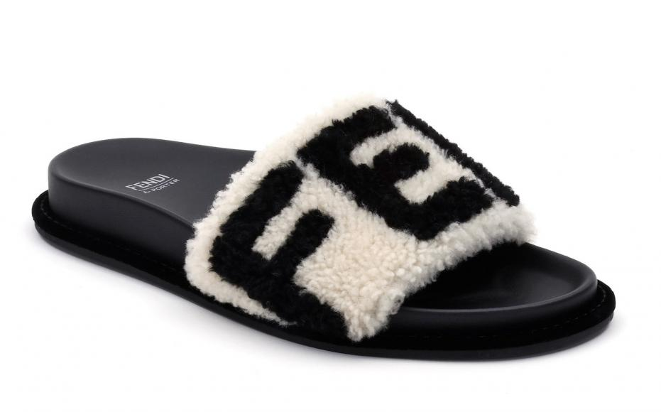 20_FENDI FF Logo Capsule Collection_slippers