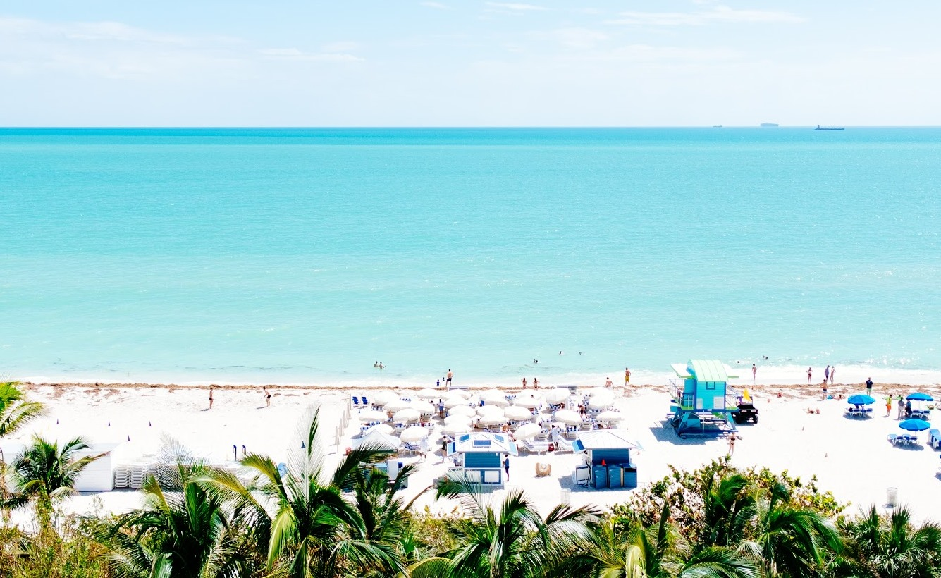 The most luxurious hotels on south beach for Most luxurious beach resorts in the world