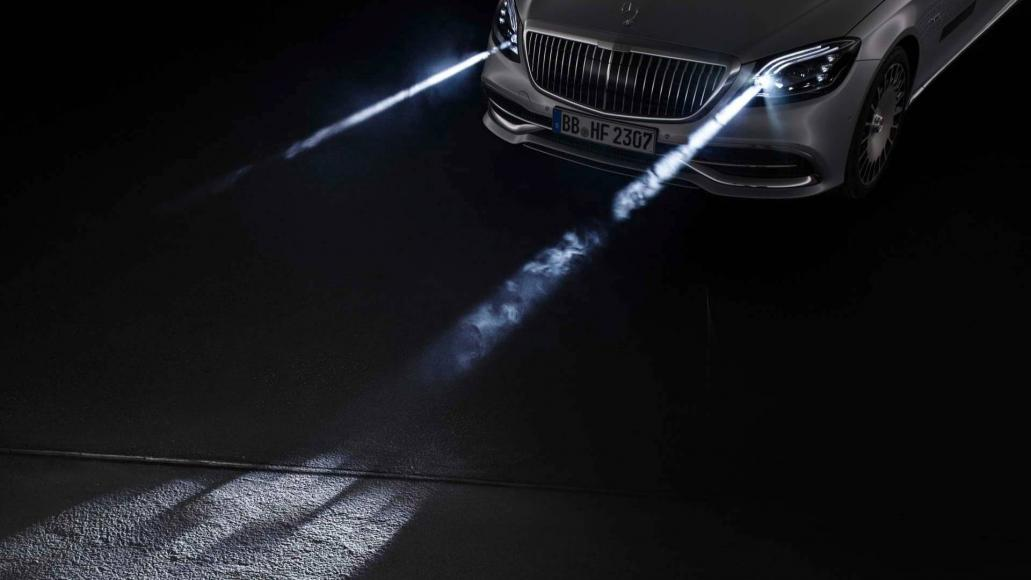 Mercedes Maybach smart headlights (3)