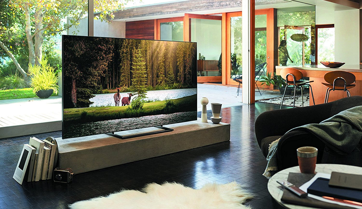 Samsung's new TV's disappear when not in use : Luxurylaunches