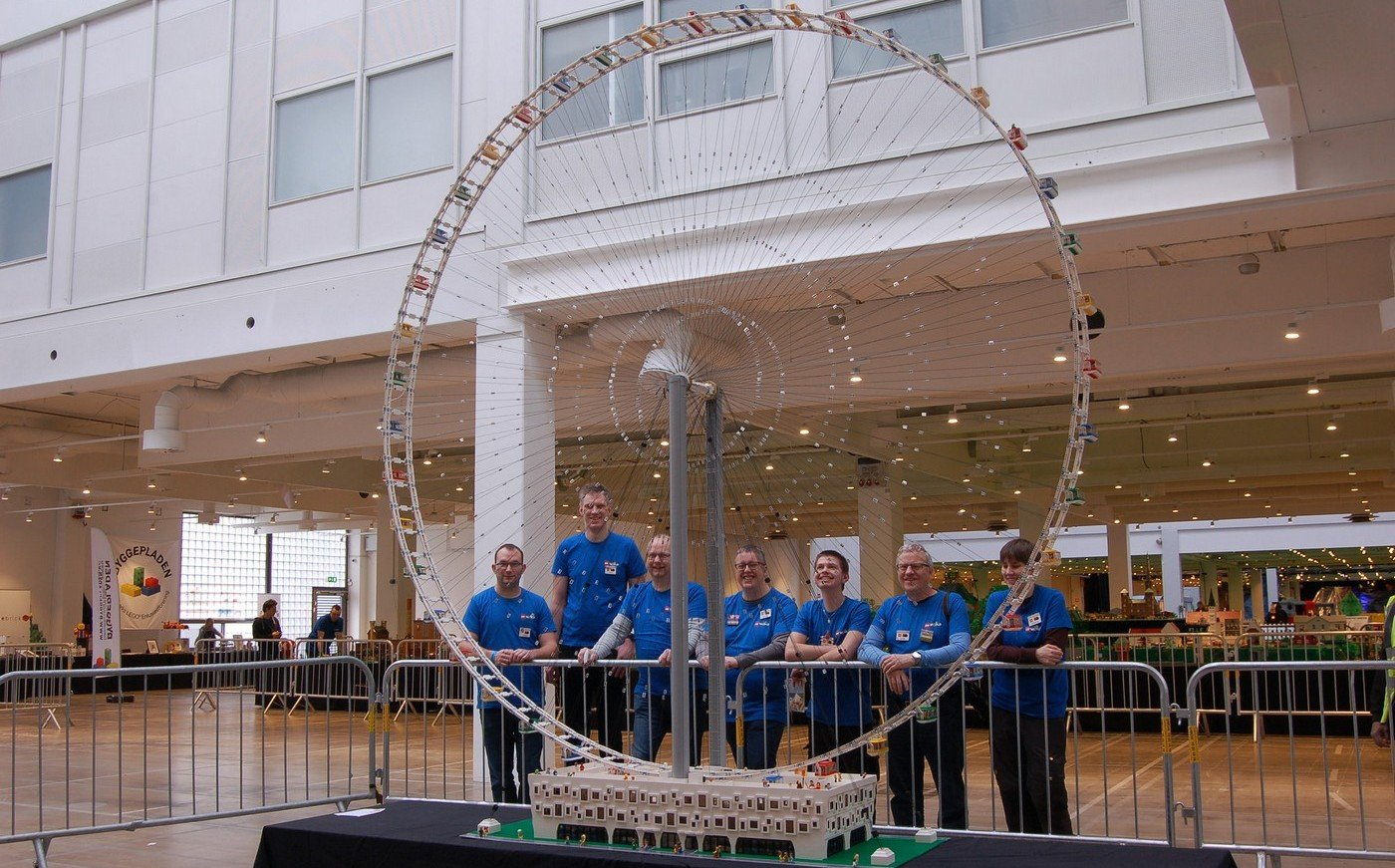 Check Out The World S Largest Lego Ferris Wheel That Is A