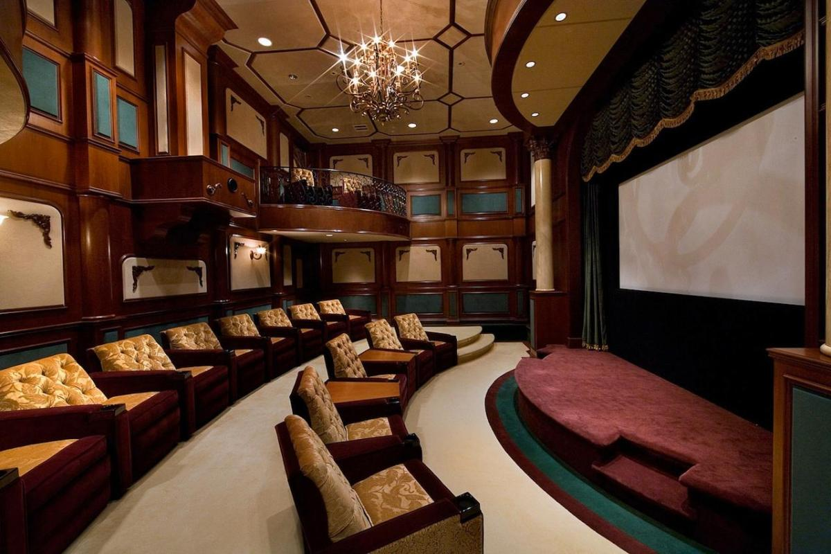 Traditional Theatres Are A Little Diffe From Cinemas But This Hybrid Luxury Home Theatre Setup Makes An Exclusive Use Of Both