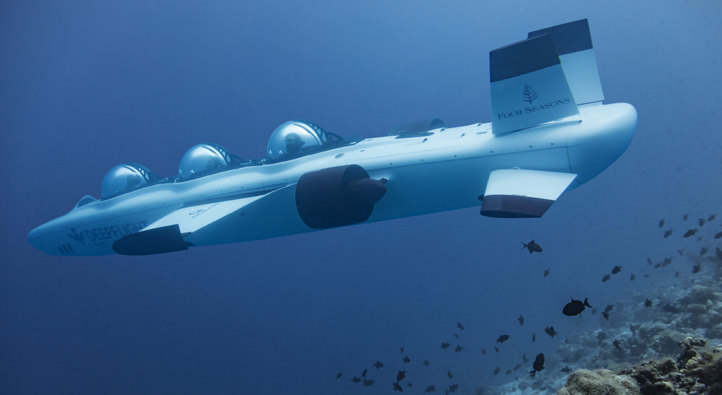 Take a closer at the blue waters in a personal submarine with the Four Seasons Maldives : Luxurylaunches
