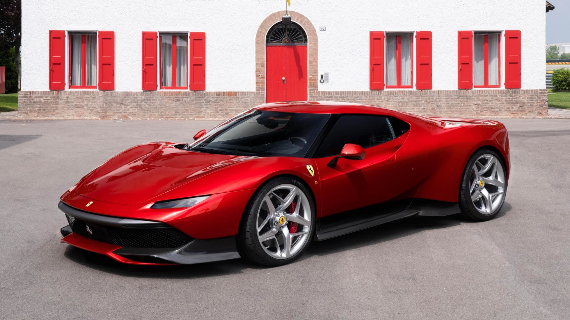 Ferrari has built a 488 GTB-based one-off and it looks absolutely stunning