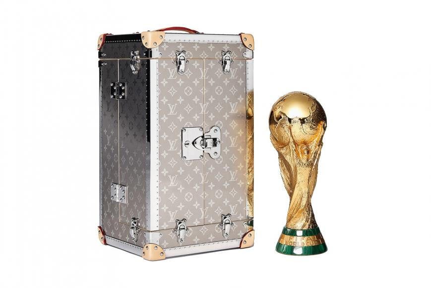 louis-vuitton-fifa-trophy-case (2)