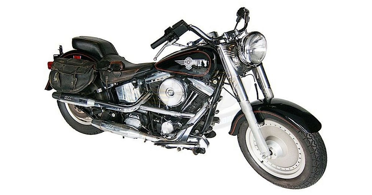 The iconic Harley Davidson Fat Boy from Terminator 2 is on sale : Luxurylaunches