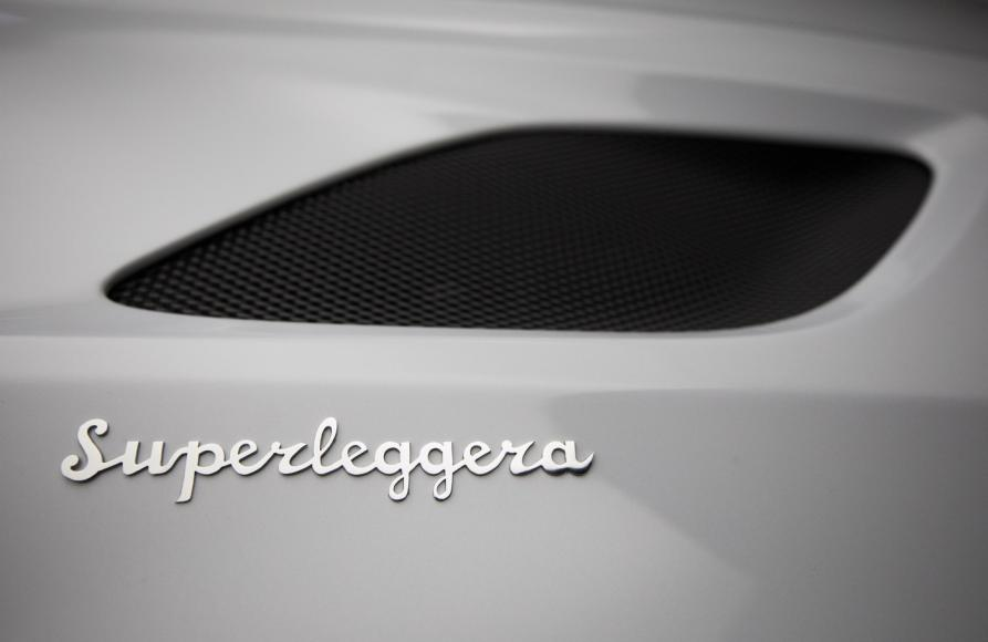 Aston Martin DBS Superleggera (4)