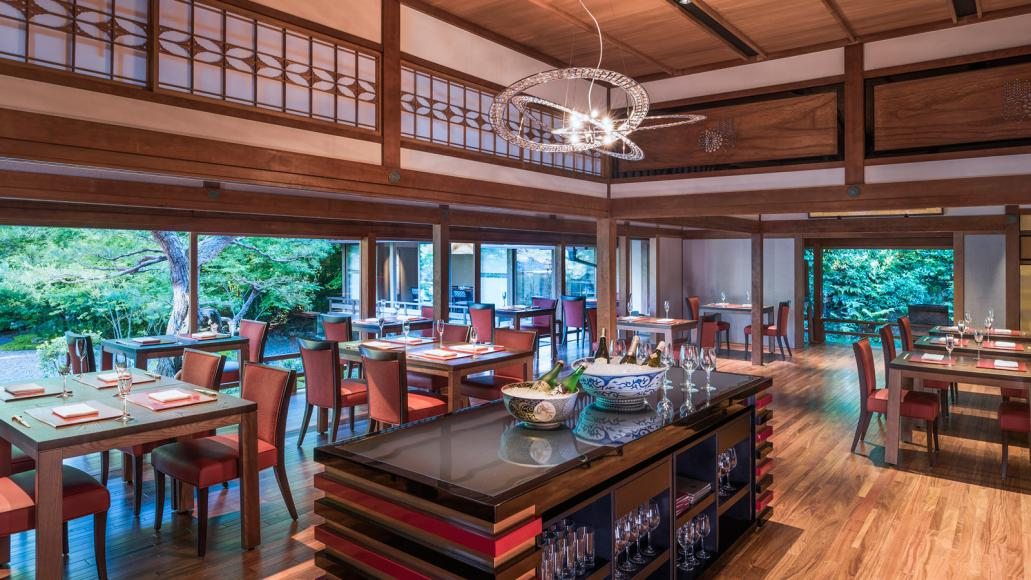 Review suiran a luxury collection hotel kyoto for Restaurant kyo