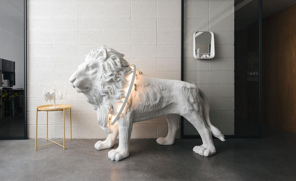 lionlightmain4