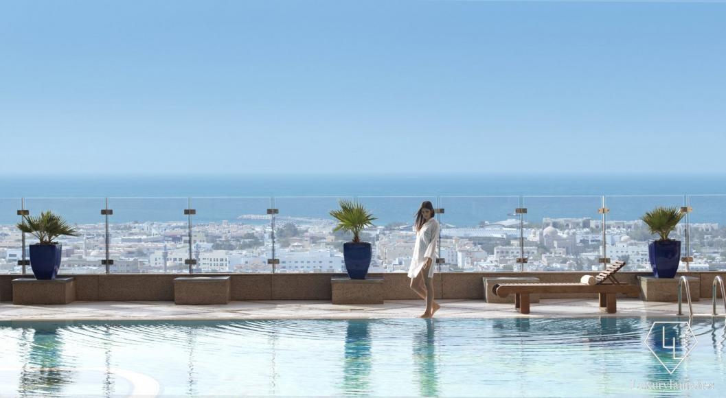 14 Fairmont_Dubai pool