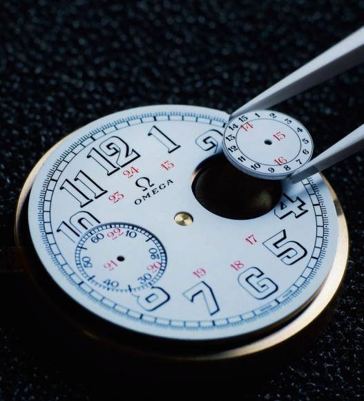 First-Omega-Wrist-Chronograph-Limited-Edition-18-chro-watch-4