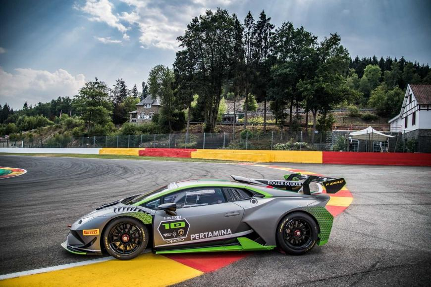 lambo-huracan-super-trofeo-r-10th-edition-9-3194