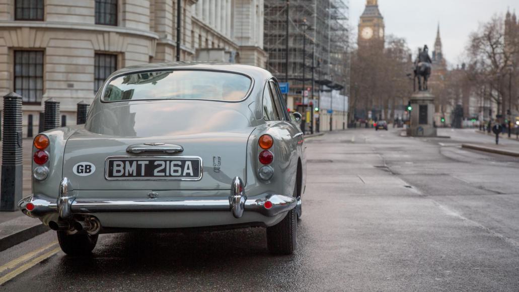 Aston Martin to build 25 Bond replica DB5 (2)