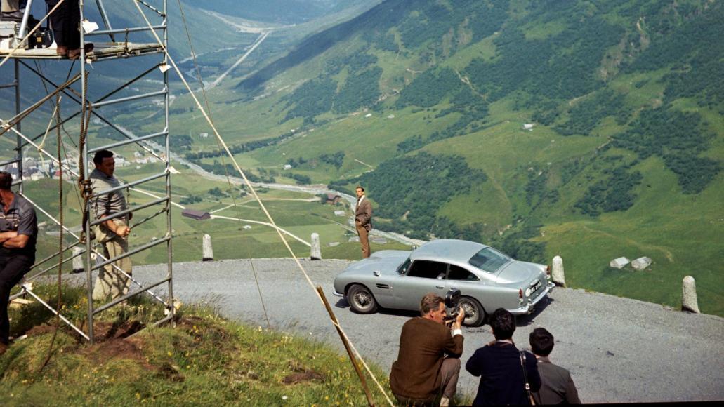 Aston Martin to build 25 Bond replica DB5 (5)