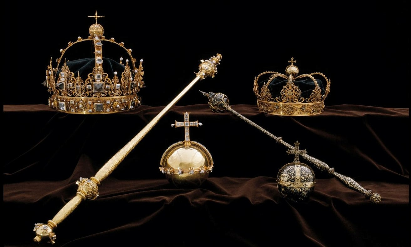 In true Hollywood style jewel thieves make off with priceless Swedish crown jewels