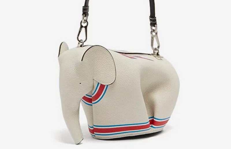 loewe-elephant-leather-crossbody-bag (3)