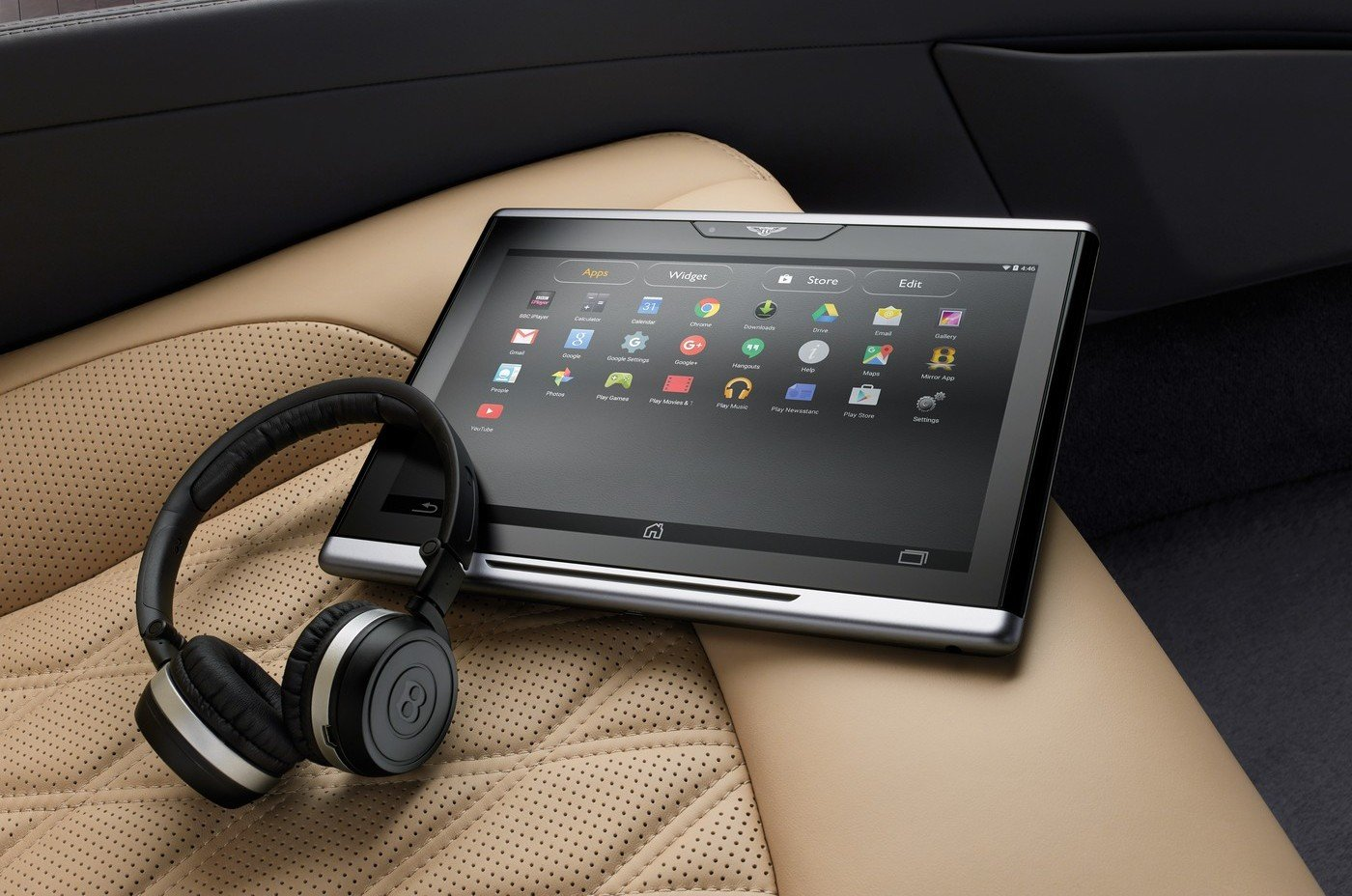 Because Sir wants 4K Netflix in the backseat – Bentley has announced the world's first super-fast and secure in-car Wi-Fi system
