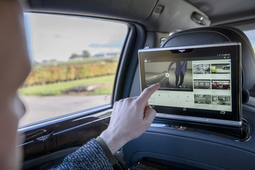 bentley-advanced-connectivity-wifi-system (6)