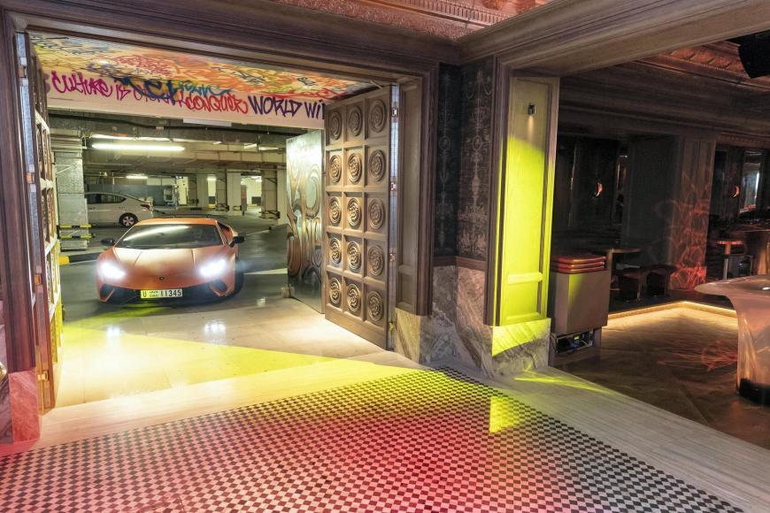 dubai-nightclub-secret-room 2