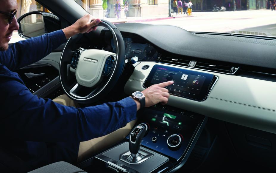Zenith x Range Rover Evoque (5)